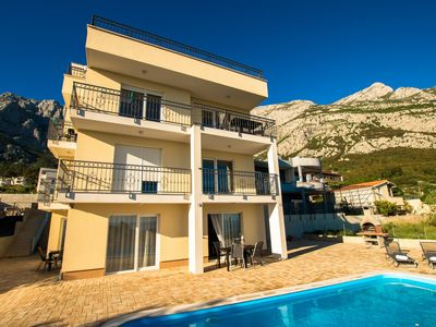 Photo for 1BR Villa Vacation Rental in Makarska