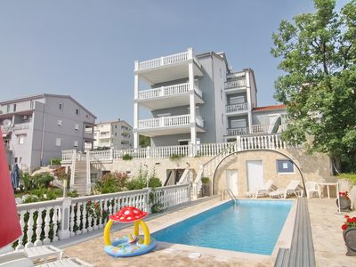 Photo for exclusive with swimming pool, air conditioning, 2 bedrooms and sea views