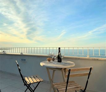 Photo for 2 BEDROOM LUXURY - AMAZING SEA VIEW IN FAMOUS TOWN