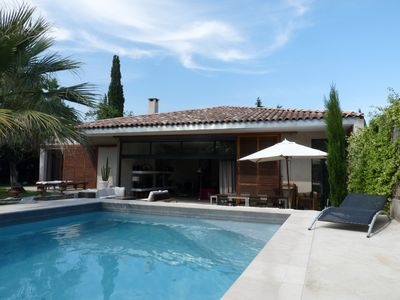 Photo for Large holiday home with pool and garden near Montpellier and the beach