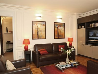 Photo for Luxury 1 Brm with Air Con Brand New 1.5 Bath Near Louvre-Opera-Champs Elysees
