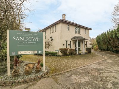 Photo for SANDOWN, pet friendly in Bowness-On-Windermere, Ref 904555