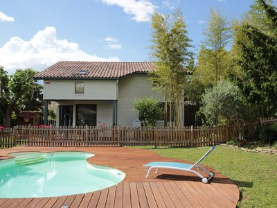 Photo for Beautiful wooden house, friendly and 15 minutes from Toulouse