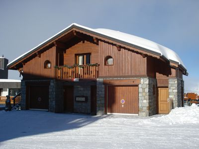Photo for Apartment in chalet at the foot of the slopes in the HEART OF VAL THORENS STATION