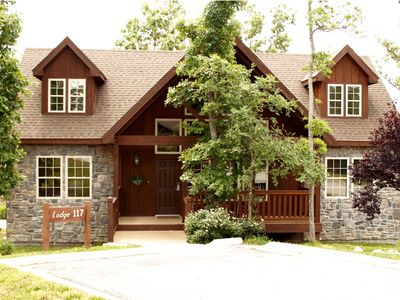 Photo for Luxury 4 bdrm/bath lodge in Stonebridge., near SDC.