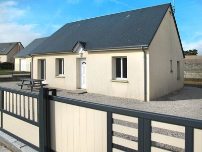 Photo for Vacation home Les Goélands (CEZ403) in Creances-Plage - 6 persons, 3 bedrooms