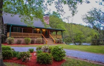 Photo for 3BR/2BA Large Flat Yard And Access To The Toccoa River, Wifi, Cable TV, Hot Tub, Gas Grill, Foosball