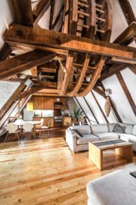 Photo for Rustic 3 bedroom loft in Old Town