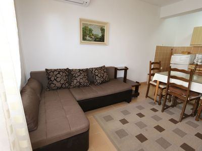 Photo for Apartments Grskovic G. Setaliste (60252-A1) - Silo - island Krk