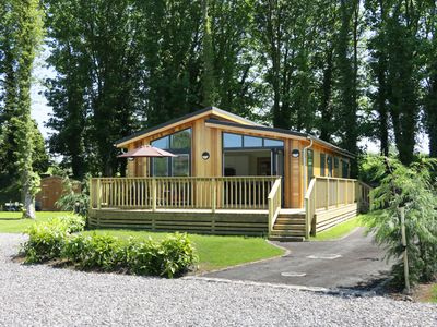 Photo for SQUIRREL LODGE, family friendly in Gargrave, Ref 950869