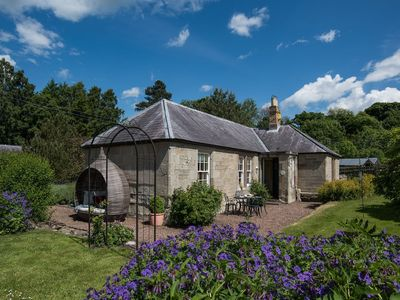 Photo for KEEPERS COTTAGE - Sunny Country Cottage for Relaxation or Outdoor Pursuits