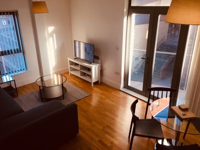 Photo for Perfectly Located City Centre Apartment w Parking