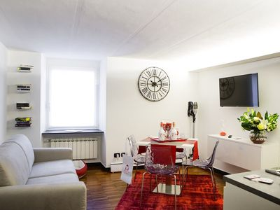 Photo for Elegant apartment in the center of Genoa, a stone's throw from the aquarium.