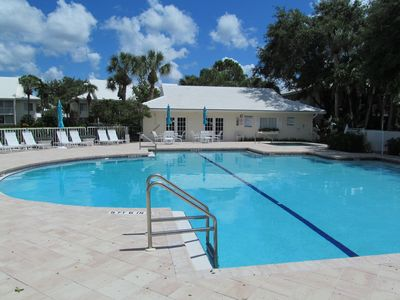 Photo for MARCH/APRIL 2020 AVAILABLE. Lakeview 2BR condo w/ PELICAN BAY Beach membership !