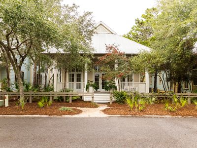 Photo for Camp District Home - Sprawling Porches - Executive Access