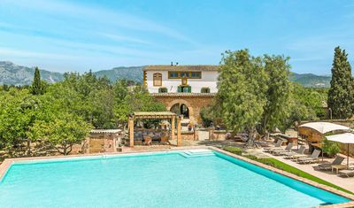 Photo for Fantastic private finca. 6 bedrooms. fully aricon and wifi. 15 Min from Palma