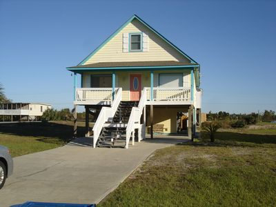 Photo for Convenient walk to the beach 4 bedrooms 4.5 bathrooms Gulf Shores off E Beach