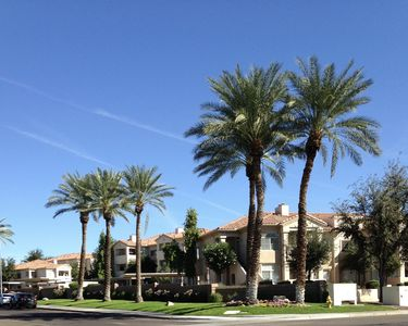 Photo for Main Floor, 3 bed Condo in Lakeside setting close to South Mountain