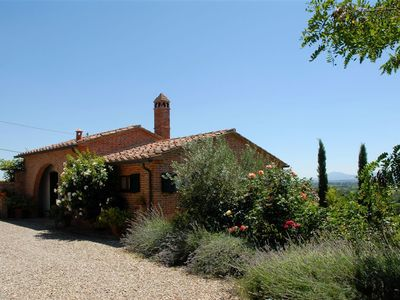 Photo for One Bedroom Ground Floor Cottage Southern Tuscany   La Chianina is a beautiful detached cottage in a
