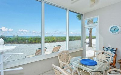 Photo for Corner Unit, Privacy and Gulf front, First Floor, Free Boat Docks & WiFi