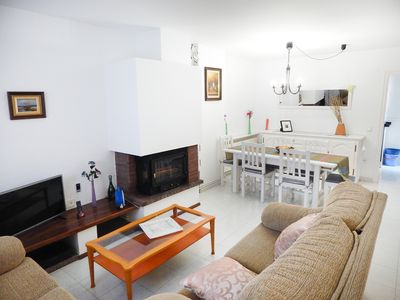 Photo for Spacious 3 bedroom townhouse with pool and garden