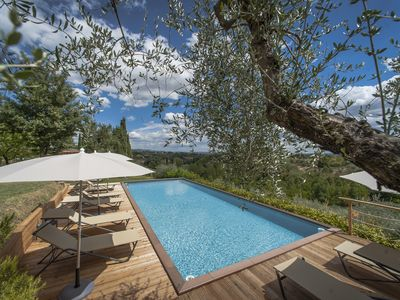 Photo for Villa Santa Chiara apartments to rent with pool, garden close to Siena center