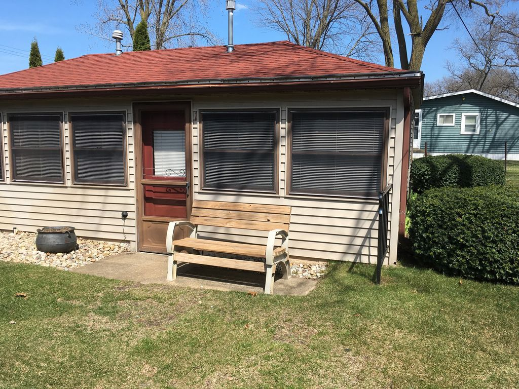 Sunset beach cottages 1 2 bedroom cottage port austin for 2 bedroom cottage