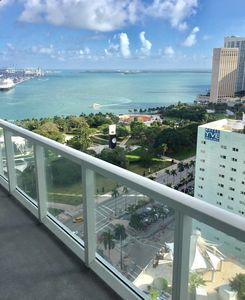 Photo for MIAMI DOWNTOWN 5 STAR LUXURY 1-bdr
