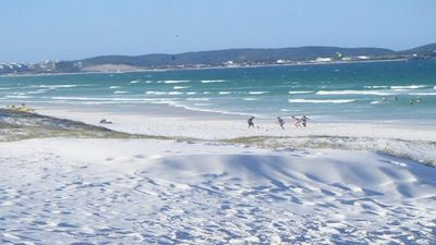 Photo for PRAIA DO FORTE - CABO FRIO - SEASON