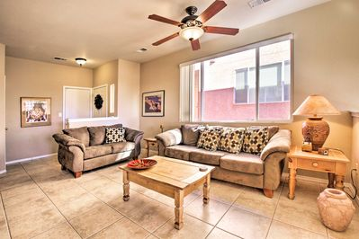 The vacation rental condo features 2 bedrooms, 2.5 bathrooms, & sleeping for 6.