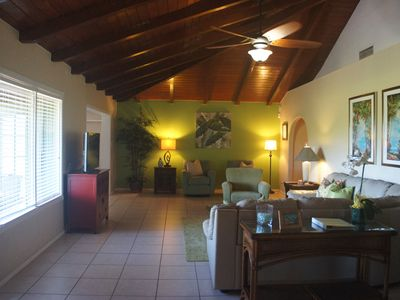 Photo for Cottage in the Kaanapali Area with 3 Bedroom/2 Baths and AC