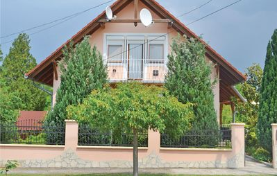 Photo for 6 bedroom accommodation in Balatonszemes