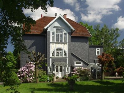 Photo for holiday apartment in Jugendstilhaus in a quiet site, spa gardens, hiking trails