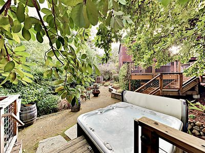 Photo for Gorgeous Guerneville Retreat w/ Hot Tub, Deck & Fireplace - Near Vineyards