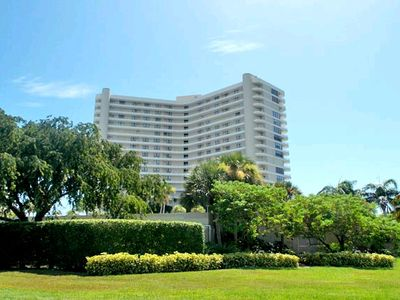 Photo for Beautifully updated beachfront unit in fabulous South Seas Tower
