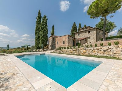"Photo for ""Bellaria"": prestigious dwelling with an exclusive pool in Lecchi in Chianti"