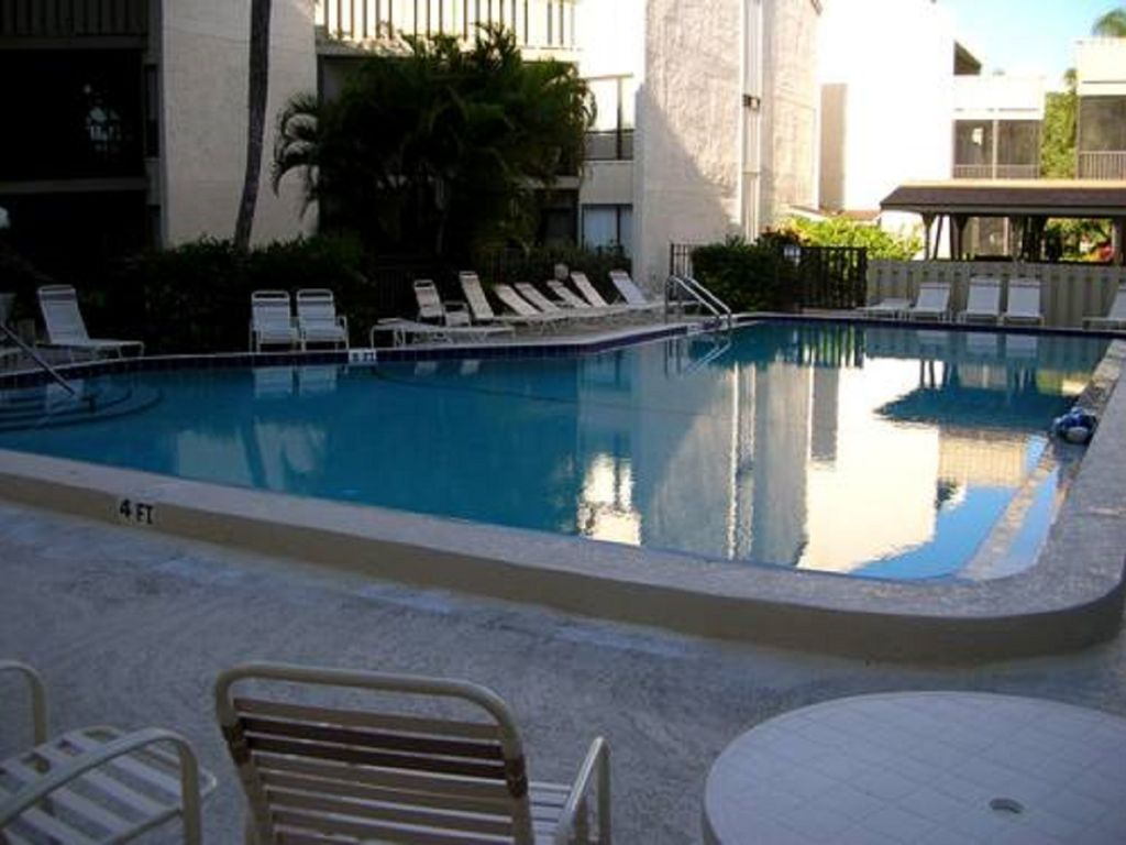 Siesta Key 2 Bedroom Condo Siesta Key Florida South Central Gulf Coast Florida Rentbyowner