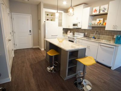 Photo for 3 Beds + 1BR Near Uptown ★ Airport ★ Free Parking