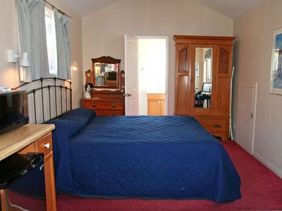 Photo for Cozy Upstairs Studio/Duplex, Kitchenette, 1/2 block to the Beach, WIFI