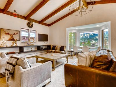 Photo for Big views & private hot tub in this modern chalet - walk to Main Street!