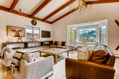 Welcome to Mountain View Chalet... - Enjoy an open living area with plenty of cozy seating and beautiful ski mountain views