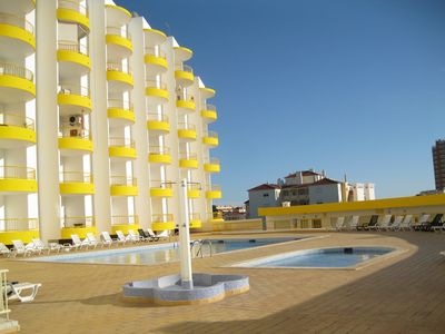 Photo for 1 bedroom apartment with pool, Praia da Rocha, ocean view and pool