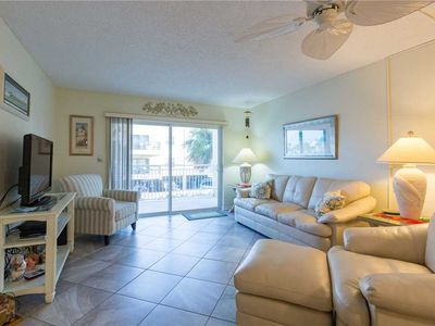 Photo for Beach View Unit on Madeira Beach Across from John's Pass Village & Boardwalk - Free Wifi