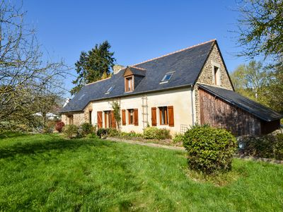 Photo for House between river and ocean with pretty garden in Brittany
