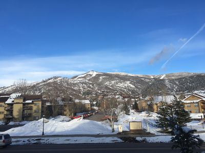 "Photo for Stay & play with us in Steamboat (free wifi, 50"" TV, AppleTV, stocked kitchen)"
