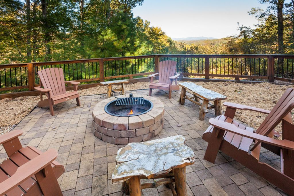 Honeybear Lodge Toccoa River Access 2 3 Miles From