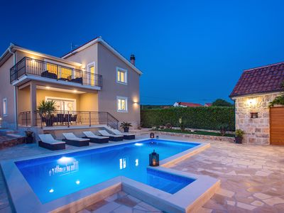 Photo for Luxury villa Granny's gold for 8 persons with private pool, fully AC