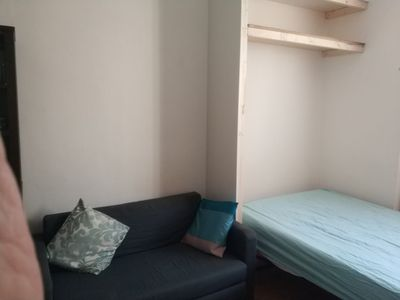 Photo for Near Hyde Park - studio room with kitchenette and ensuite