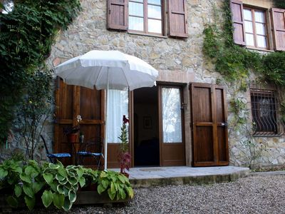 Photo for Casciano cottage in Tuscany, with garden and pool