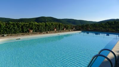 Photo for Trasimeno, between Rome and Florence; PICCOLO BORGO in EXCLUSIVE in the green